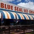 沖縄のアイスクリームならブルーシール‼ アメリカ生まれ沖縄育ちの味