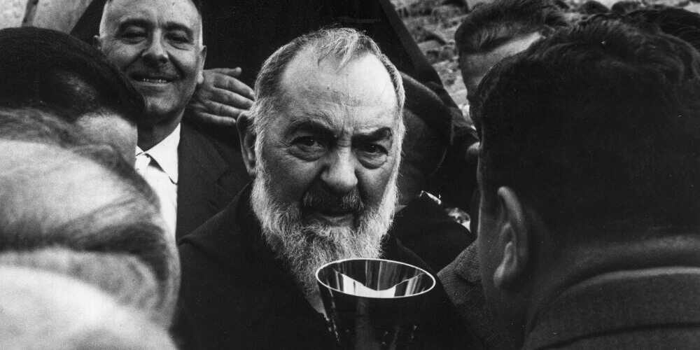 5 Padre Pio Miracles and What He Wants You To Know About Them