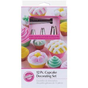 Wilton 2104-6667 12 Piece Cupcake Decorating Set