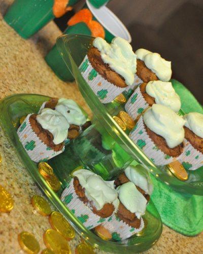 Impromptu Cupcake Stand