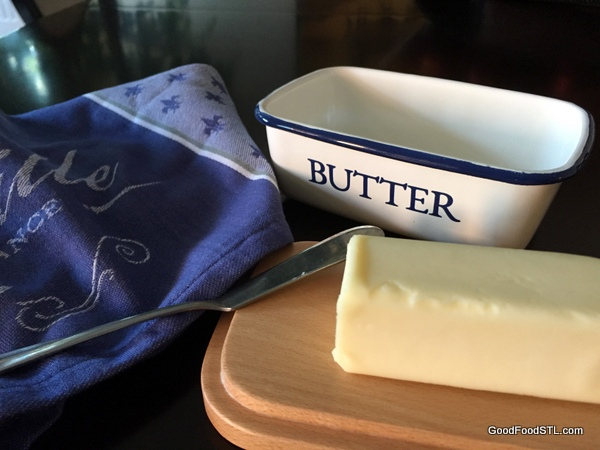 butter dish *