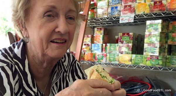 Al-Tarboush chicken schwarma sandwich