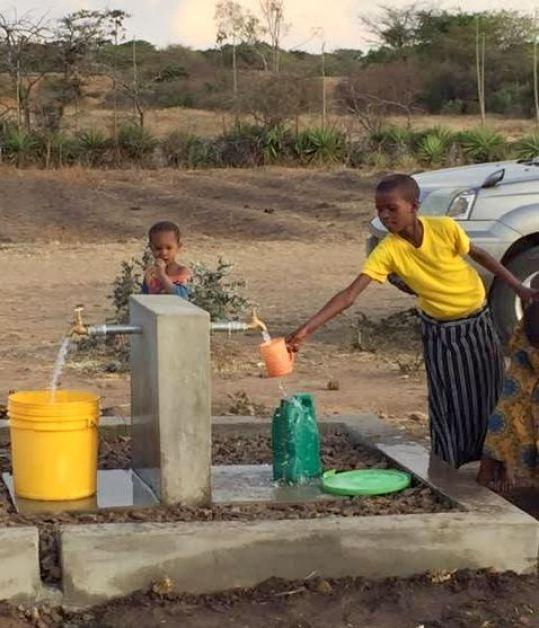 tanzania-africa-wells