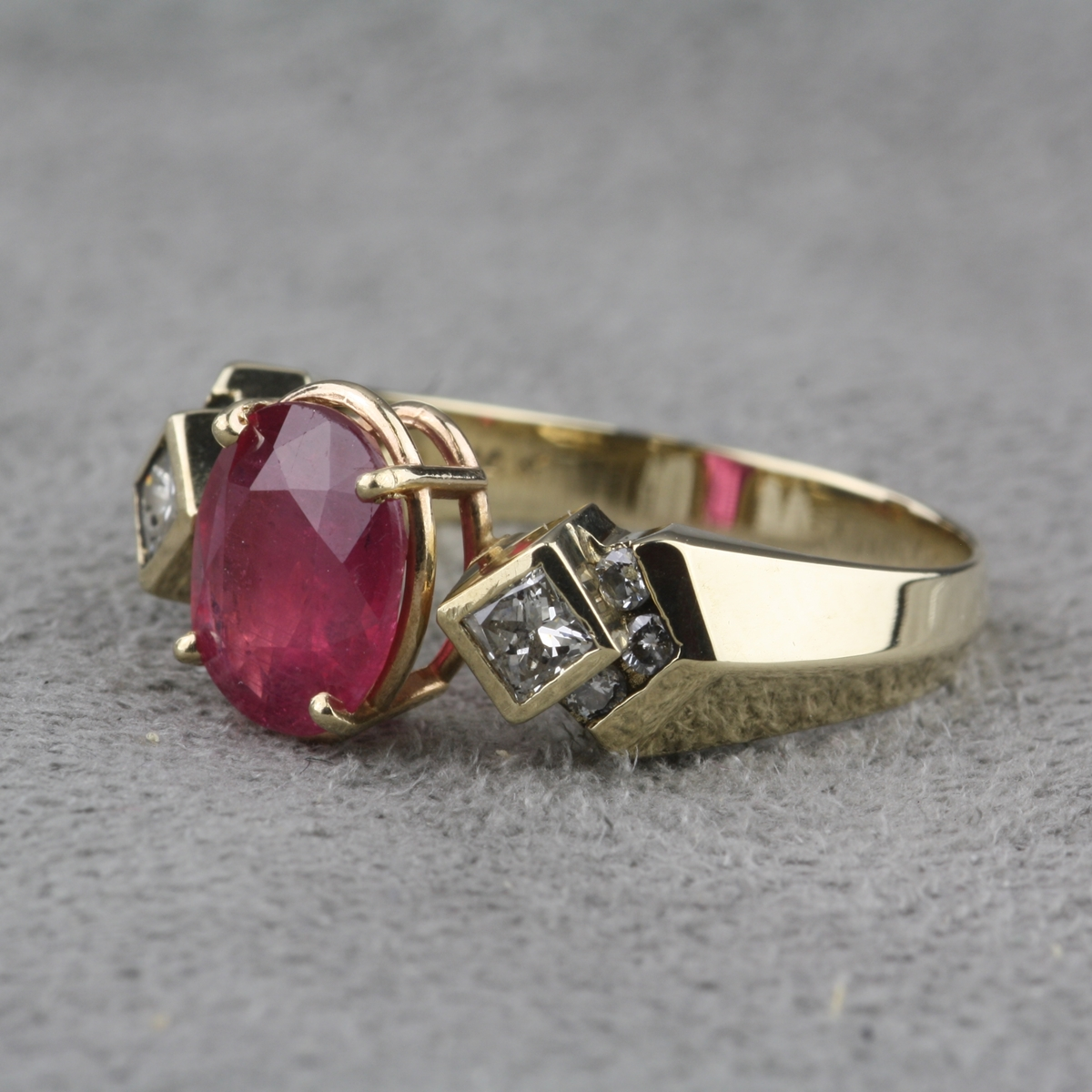 Pre Owned Ruby And Diamond Ring