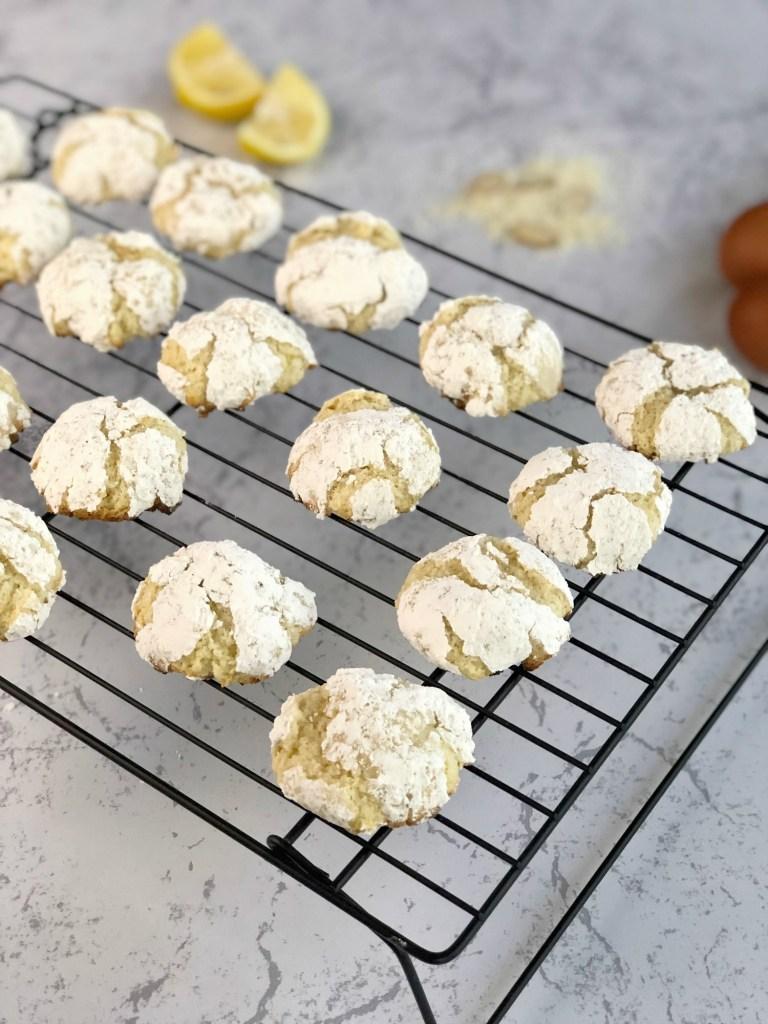 lemon crinkle cookies on a cooking rack