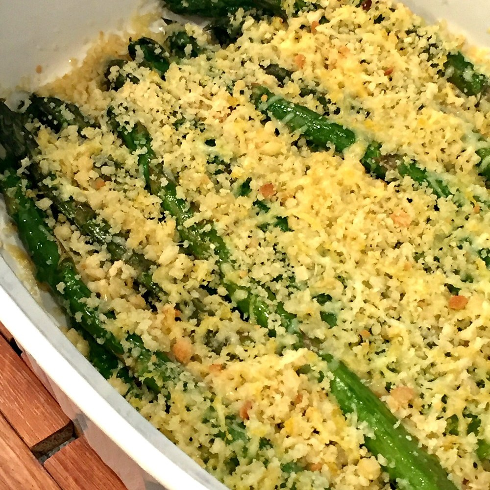 Gluten-Free Roasted Asparagus with Parmesan Breadcrumbs