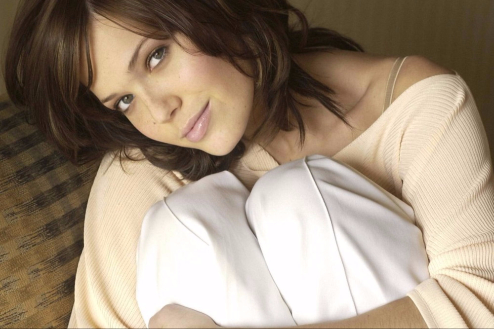 Does Mandy Moore Have Celiac Disease?