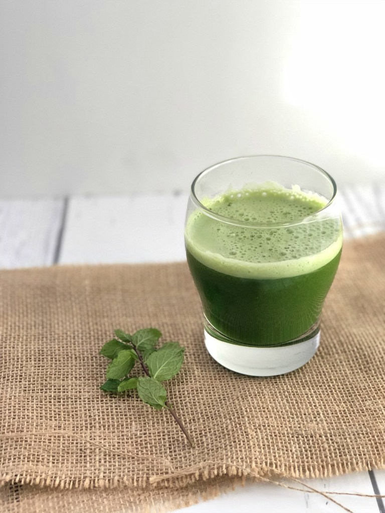 Fresh and Minty Green Juice Recipe 2