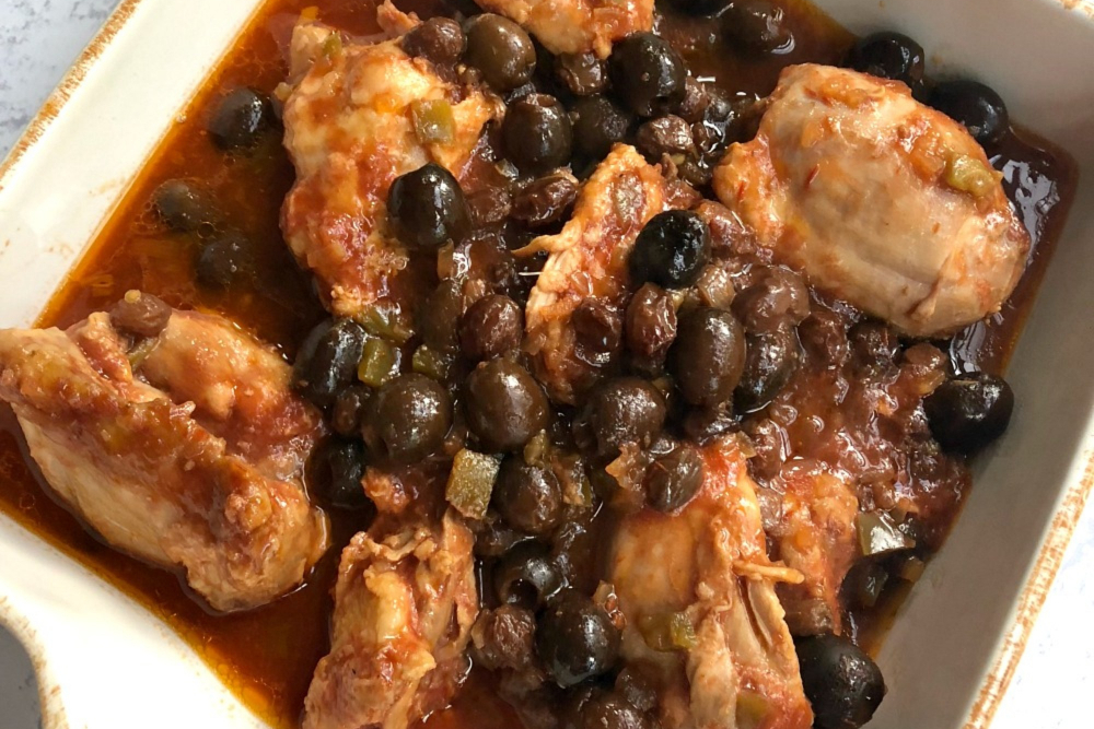 Slow Cooker Picante Chicken Thighs, Olives and Raisins