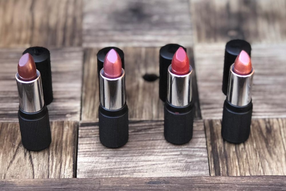 Red Apple Lipstick Holiday Collection Header