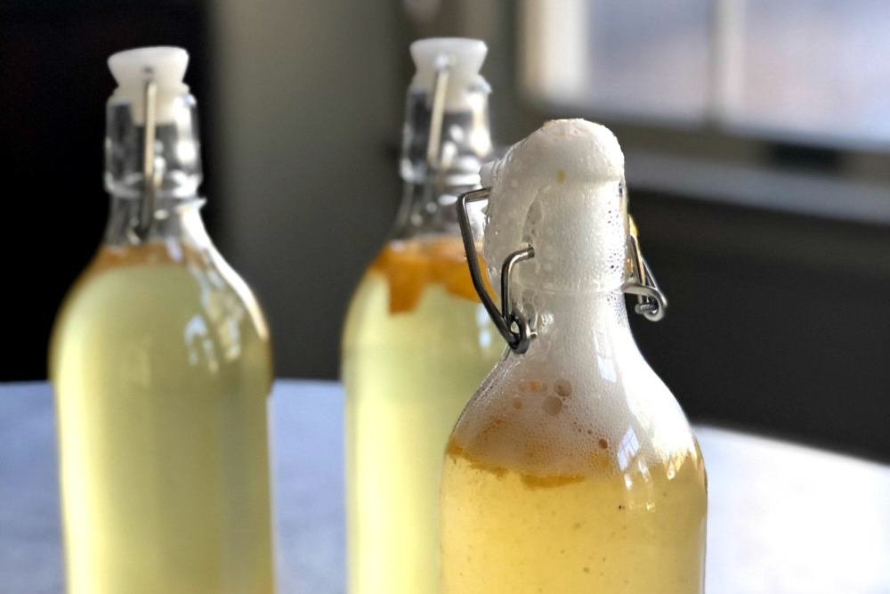 How to Make Your Own Kombucha - header