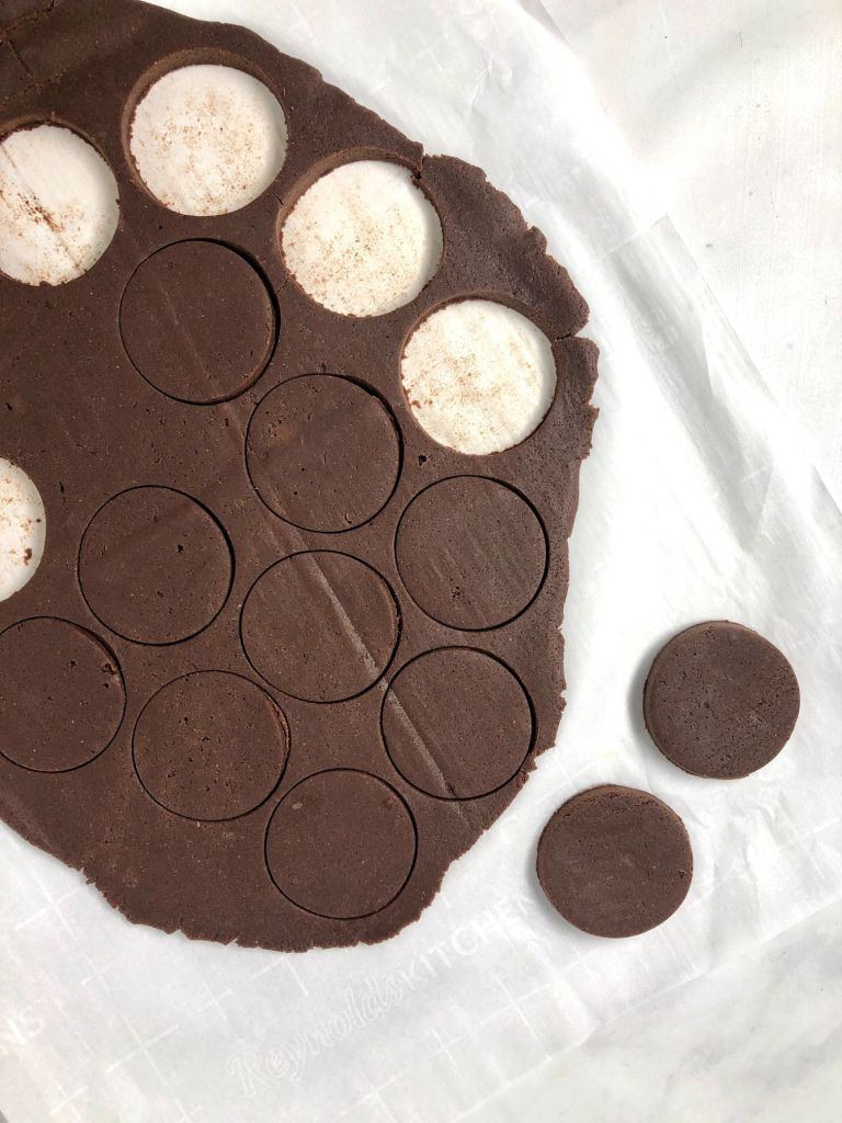 Picture of Thin Mint cookies cut out of dough