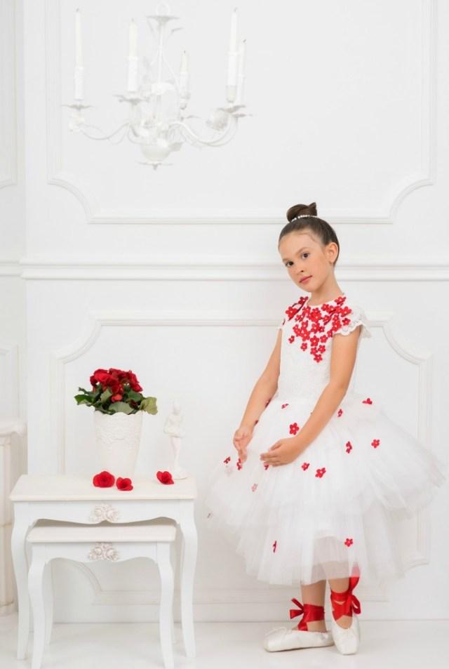 Love made Love-jurk met rozenblaadjes-GoodGirlsCompany-meisjesjurken