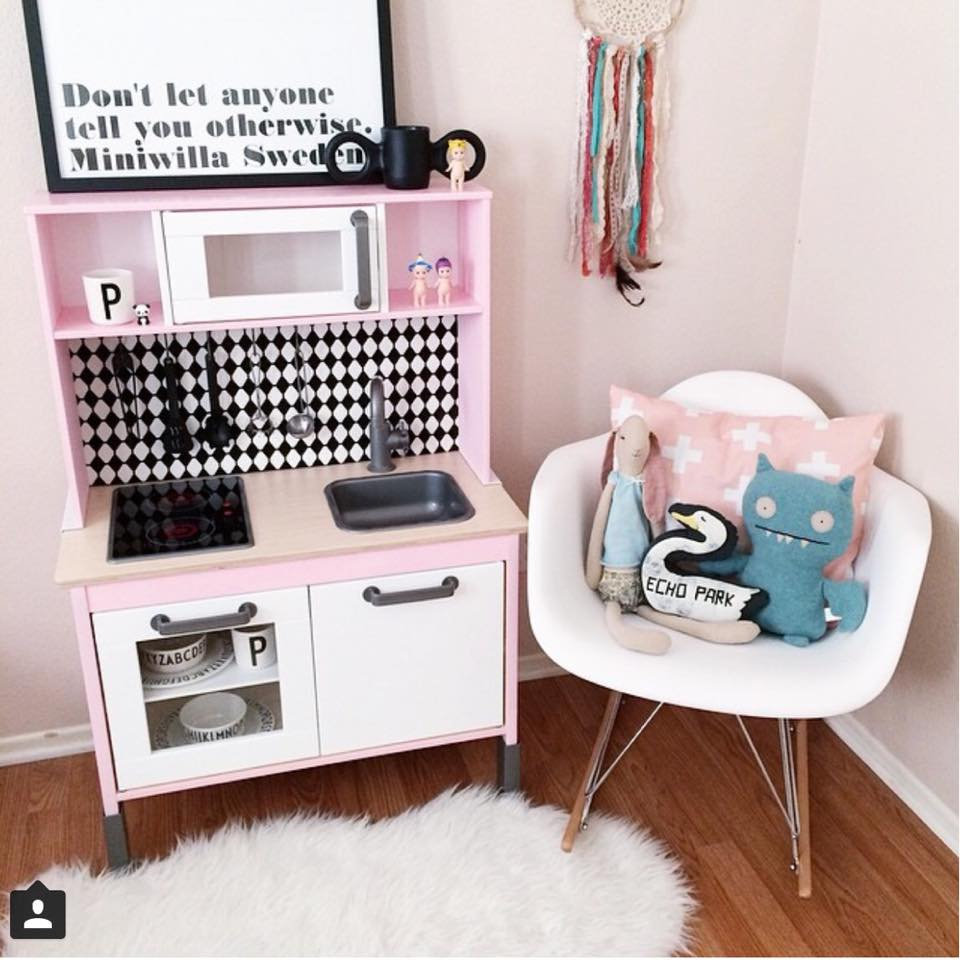 ikea keukentje pimpen 15 x inspiratie voor ikea duktig goodgirlscompany. Black Bedroom Furniture Sets. Home Design Ideas