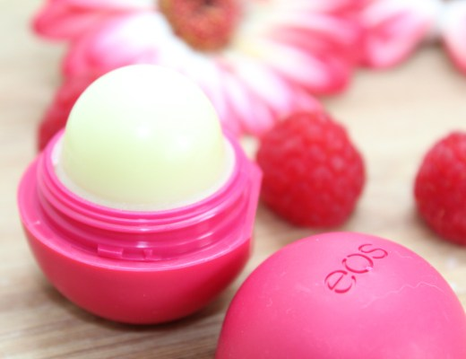 EOS Pomegranate Rasberry lipbalm-GoodGirlsCompany-review