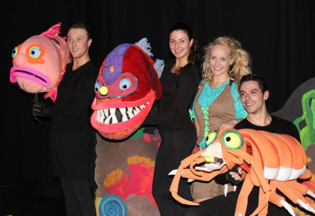 Première Deep Ocean Monsters VLOG-GoodGirlsCompany-Burgers Zoo musical