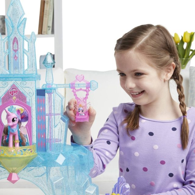my-little-pony-crystal-empire-castle-goodgirlscompany