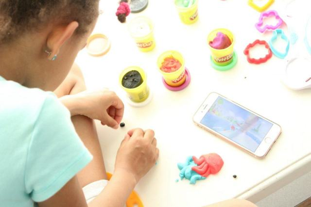 Play-Doh_Touch_Breng_tot_leven_scannen_Studio_GoodGirlsCompany