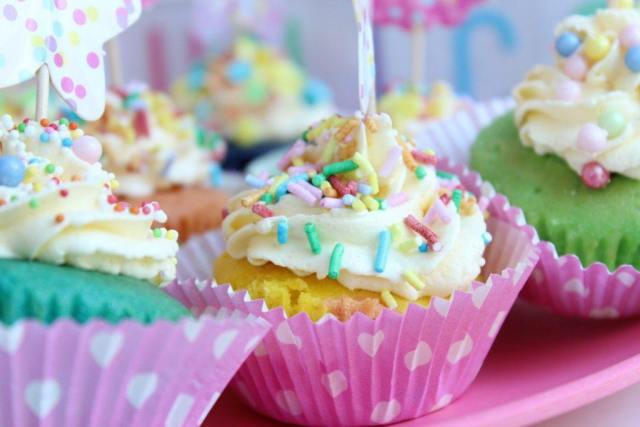 unicorn_party_rainbow_cupcakes_GoodGirlsCompany