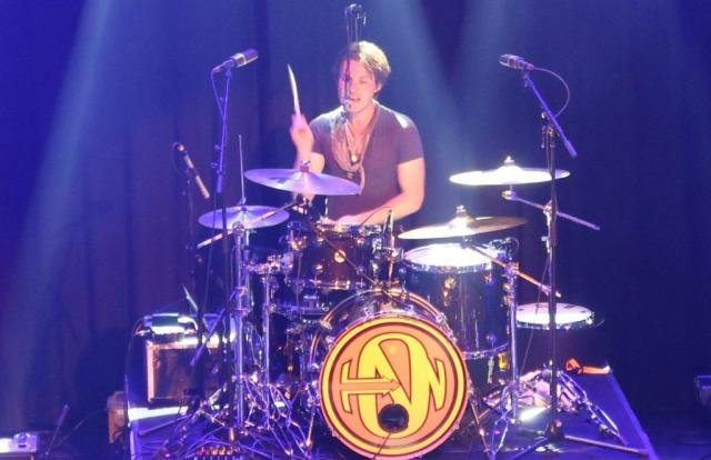 Taylor_Hanson_Paradiso_Middle_of_Everywhere_tour_GoodGirlsCompany