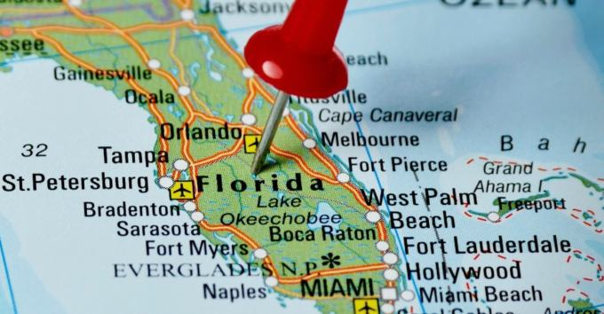 Best Florida Instagram Captions and Quotes