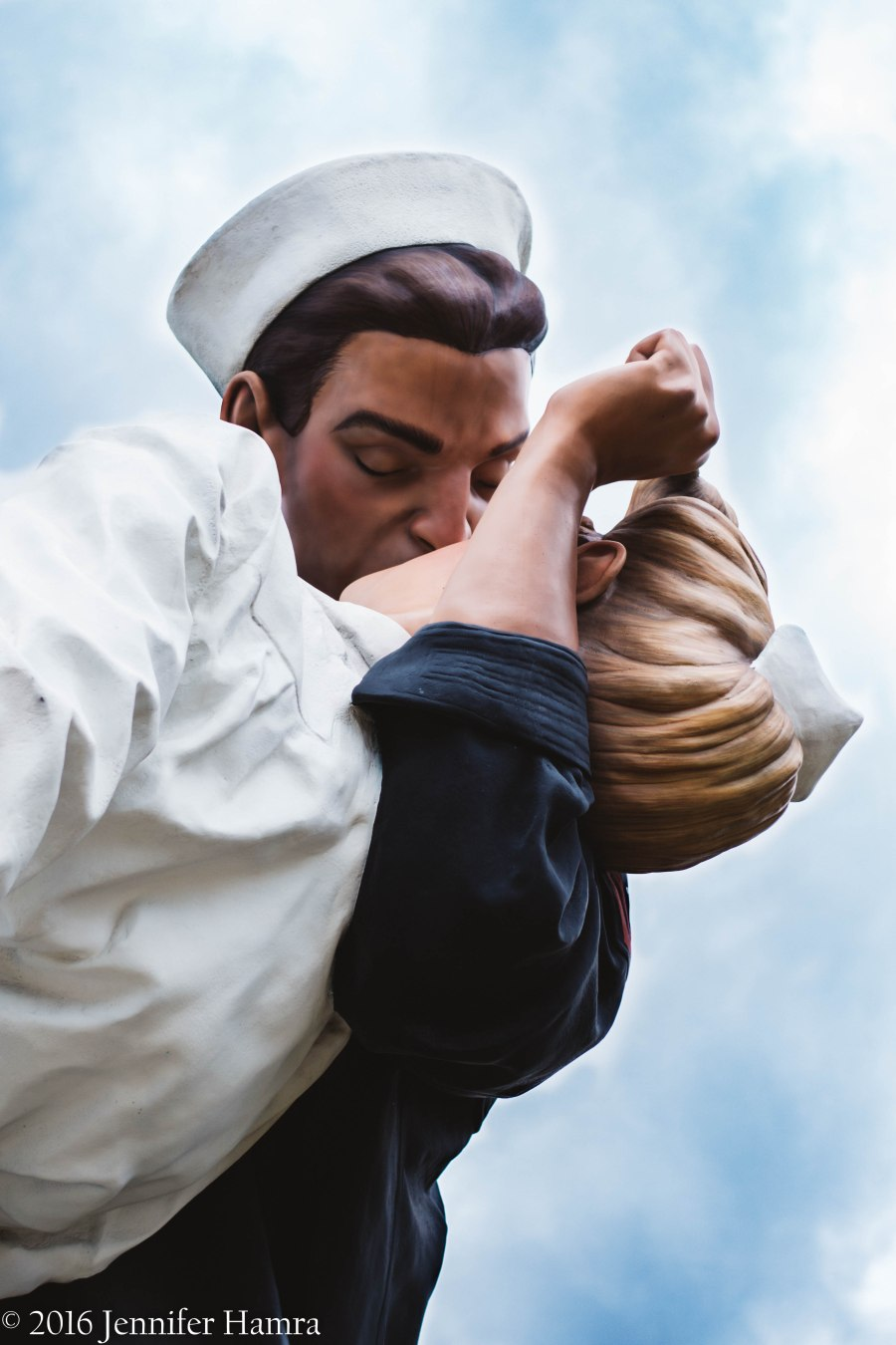Embracing Peace by artist Seward Johnson (Royal Oak, Michigan)