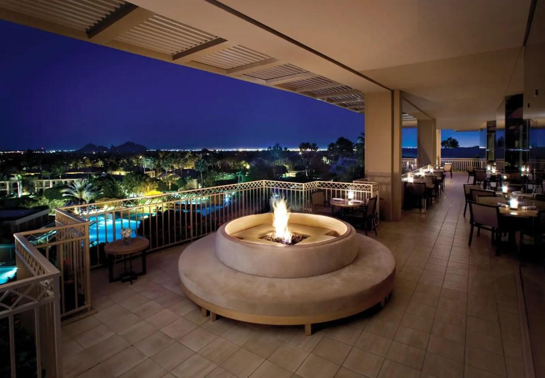 canyon-suites-JG-steakhouse-patio-1