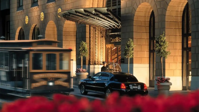 sfodtn-omni-san-francisco-hotel-exterior-2