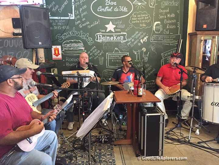 Enverga Mas Nao Quebra Samba Group
