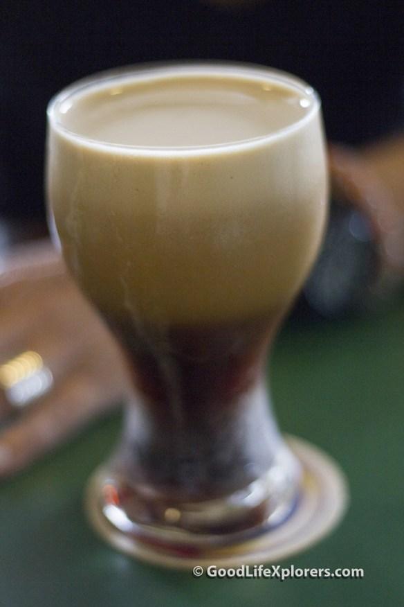 Draft beer at Bar do Juarez
