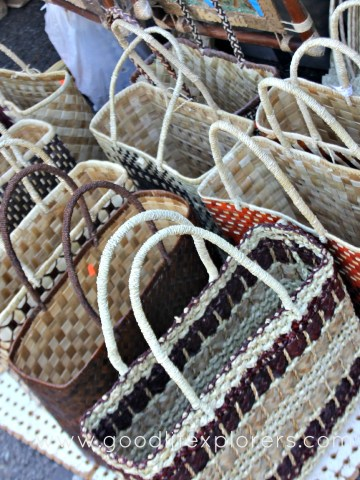 Where to shop for souvenirs in Oahu
