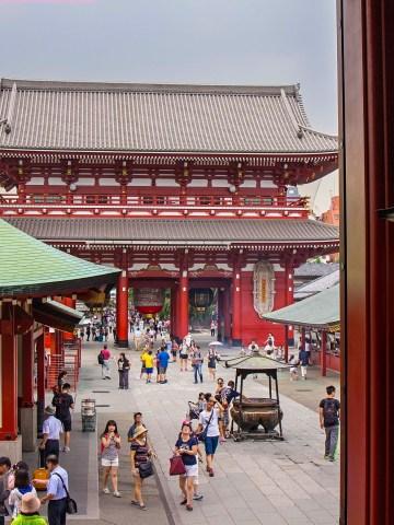 Japan, Asakusa, Temple, Religion, Buddhism, Culture, travel, travelblog, travel tips, wanderlust