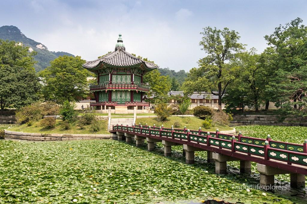 Gyeongbokgung Palace's Okhoru Pavilion where Queen Min was assassinated