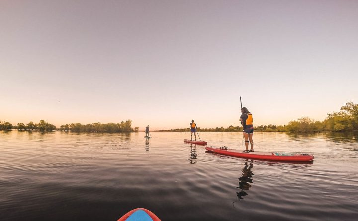 Colorado, outdoors, rei, paddle boarding, stand up paddle board, learn to paddle board, chatfield state park, reservoir, lake, outdoor classes, guided outdoor classes, outdoor adventure, family adventure, family activities, travel, travel blog, travel blogger, lifestyle, exercise,