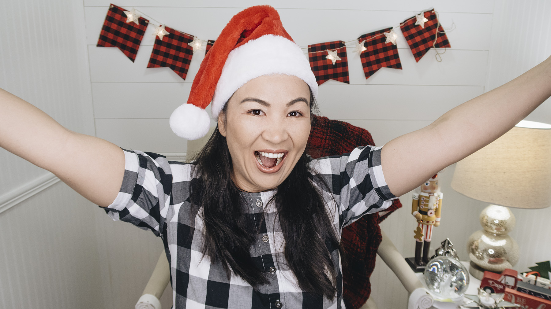 vlogmas, 2018, video, youtube, vlogs, christmas, haul, shopping, cooking, activities, holidays,