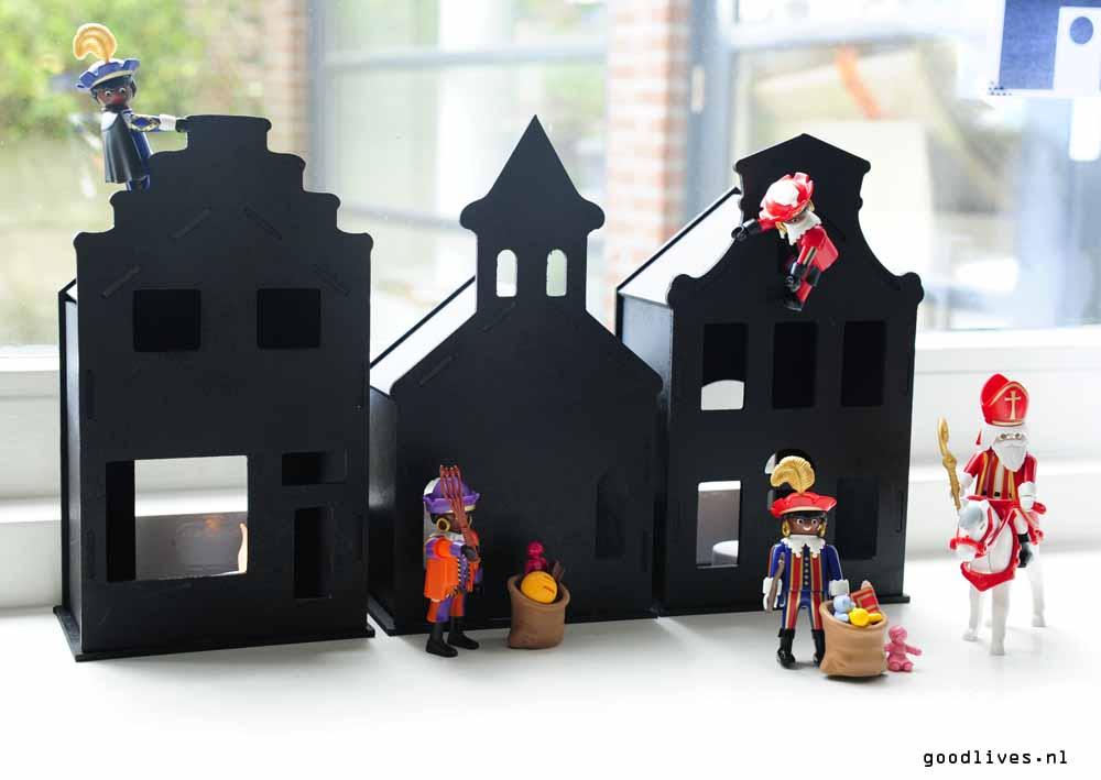 Houses from ActionNederland painted Matt black