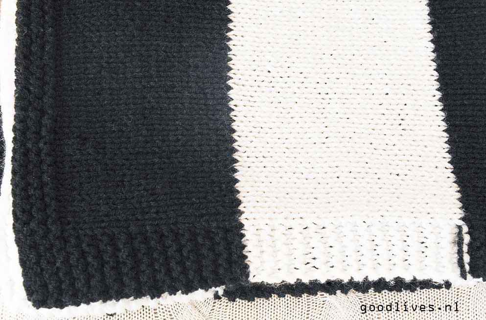 Detail black and white plaid, free pattern on Goodlives.nl
