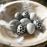Easter: Coloring easter eggs in black and white (DIY)