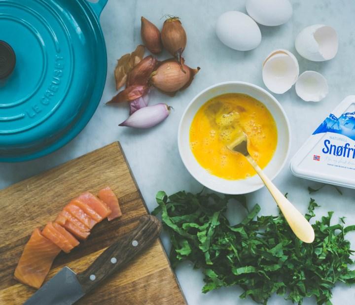 omelett med røkt laks og snøfrisk