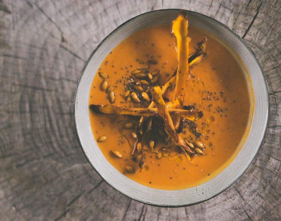 kremet gresskar- og tomatsuppe