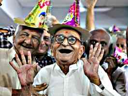 pradhan mantri vaya vandana yojana lic guaranteed pension plan