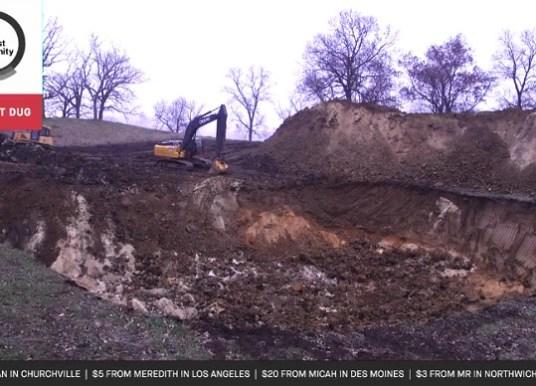 Ils lèvent des fonds pour creuser un trou via le crowdfunding