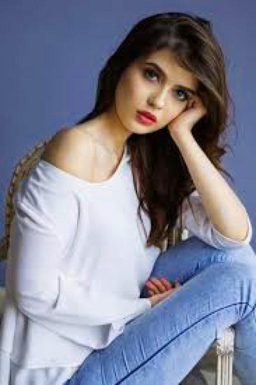 Stylish Girls Whatsapp DP Profile Images pics download
