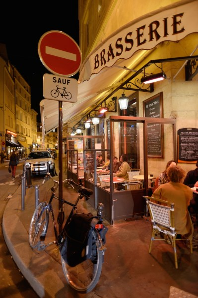 Brasserie Rue Thouin-Paris latin quarter