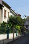 House and flowers Villa Daviel - Butte aux cailles