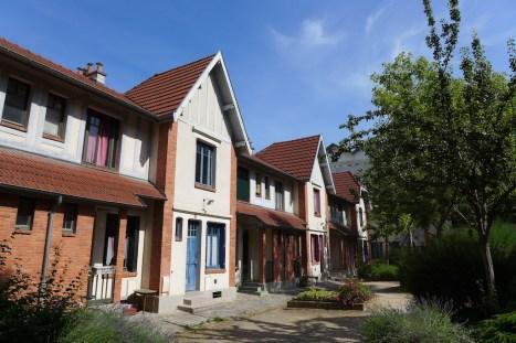 The inner yard of La Petite Alsace - Butte aux cailles