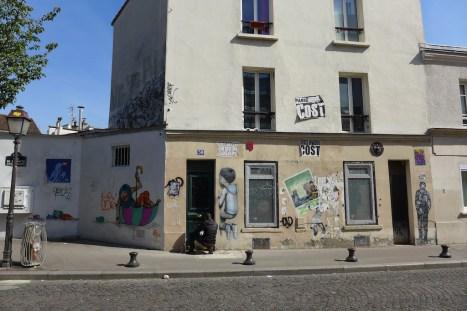At the crossing rue de la Butte aux Cailles and rue des Cinq Diamants
