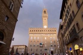 Florence-Piazza della Signoria at night