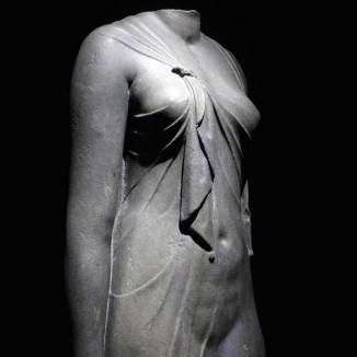 IMA-Paris-Statue of a queen- Osiris exhibition