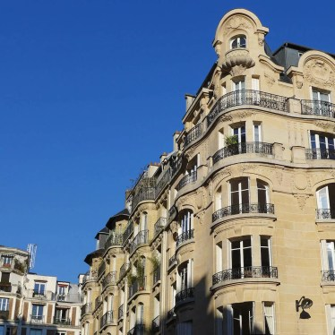 Exploring Passy-Paris-Buildings Avenue Fremiet